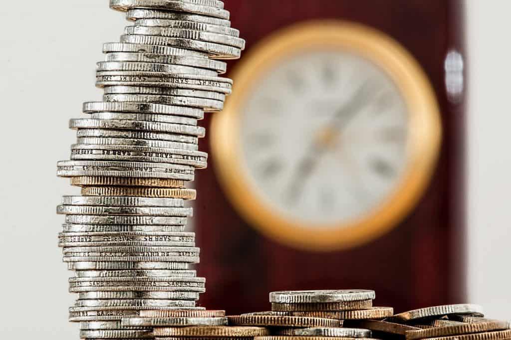 שעון ומגדל מטבעות